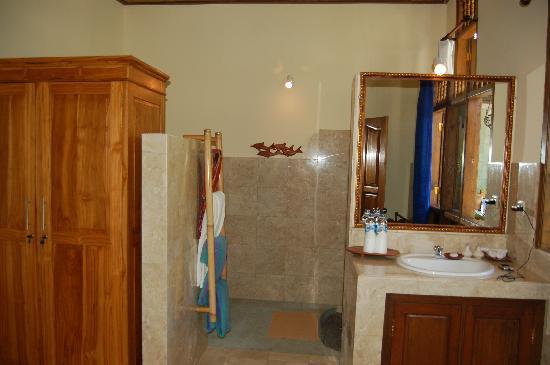 Alam Gili: baño