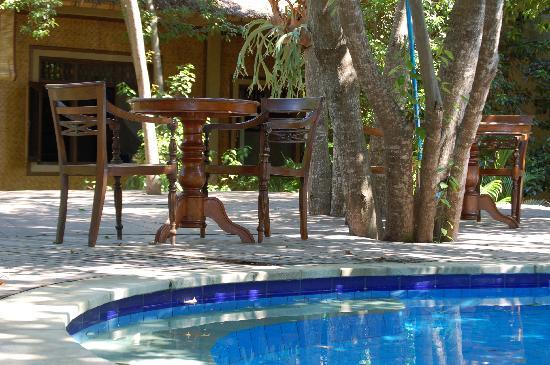 Alam Gili: piscina