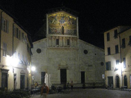 San Frediano church, close to La Torre
