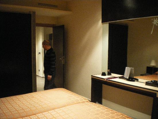 Dellarosa Hôtel Suites & Spa : chambre