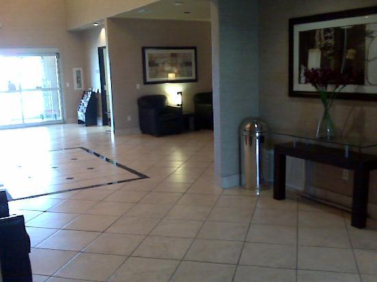 Rodeway Inn & Suites: The lobby