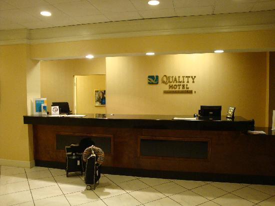Quality Hotel Conference Center: Reception