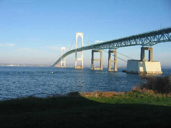 Wyndham Newport Overlook: Bridge