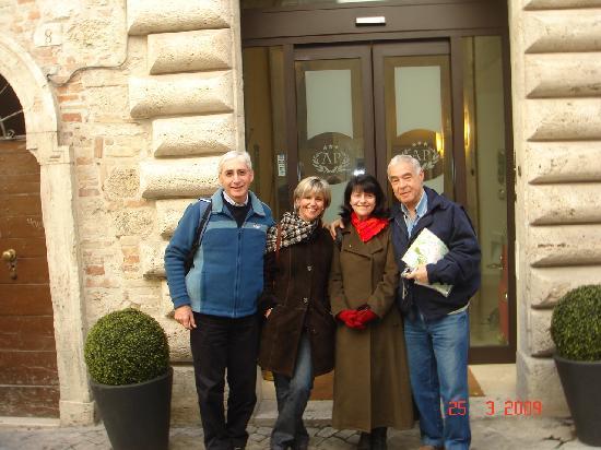 Albergo Sant'Emidio: happy faces