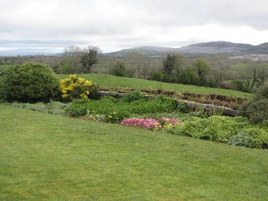 Gregans Castle Hotel: Gardens