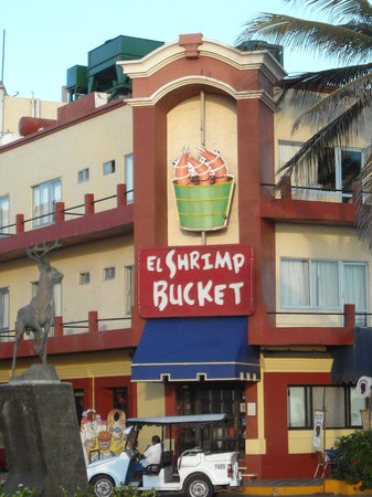 ‪El Shrimp Bucket‬