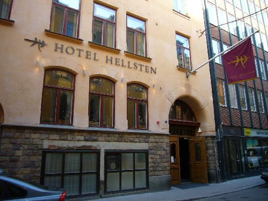 Hotel Hellsten: exterior hotel