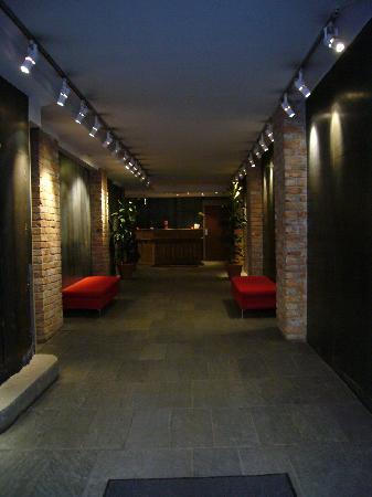 Hotel Hellsten: entrada