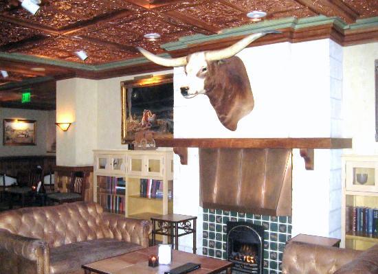 The Driskill: hotel lobby area