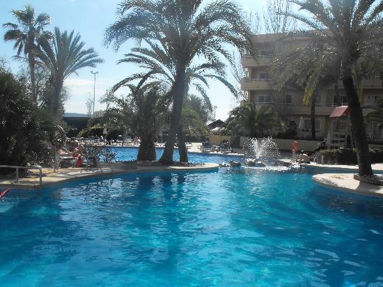 Viva Palmanova & Spa: main swimming pool
