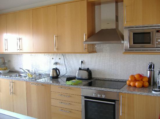 Parque da Corcovada : modern kitchen