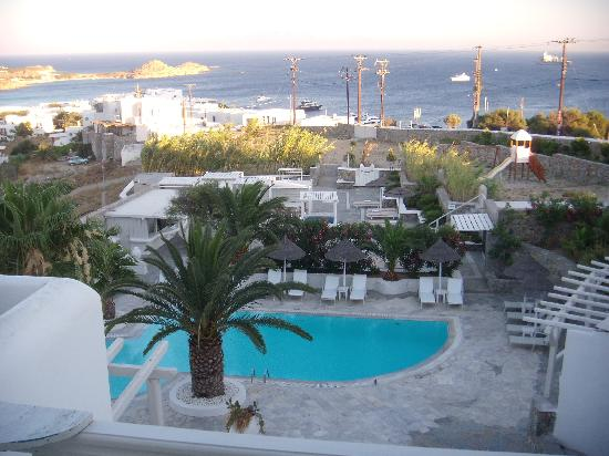 Palladium Boutique Hotel: View of pool area and Platy Gialos