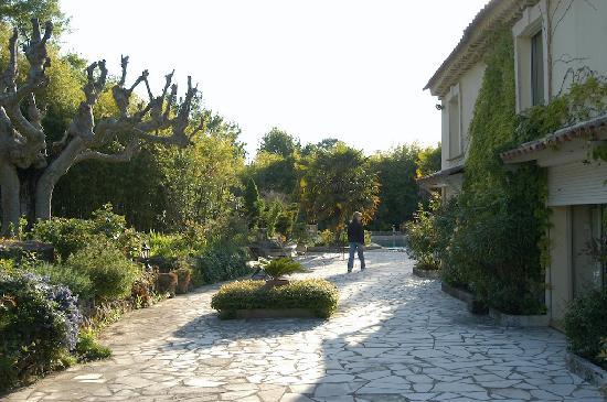 Le Domaine de Mejeans : The grounds
