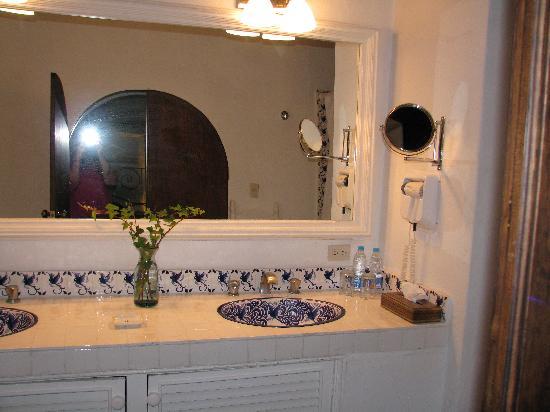 Hacienda El Santuario: batroom