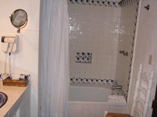 Hacienda El Santuario: bathroom