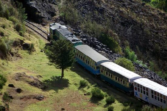 Ooty (Udhagamandalam), India: Mountain Train
