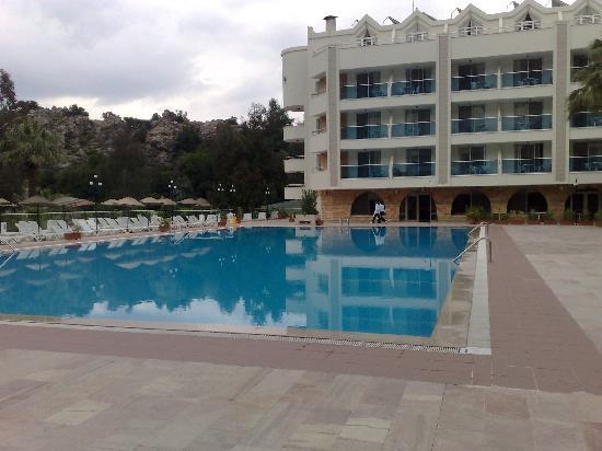 Turunc Hotel: main outdoor pool
