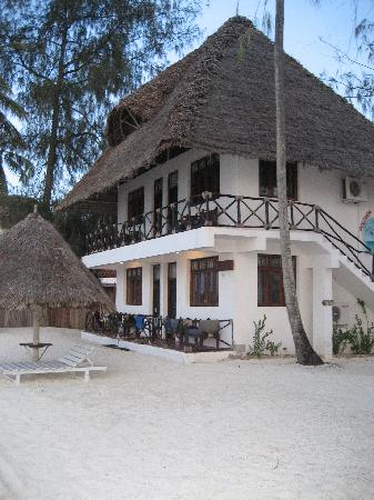 Nungwi Village Beach Resort: bungalow at the end of the resort - must stay!!!