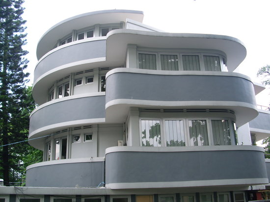 Bandung, Indonesia: Beautiful Art Deco Lines
