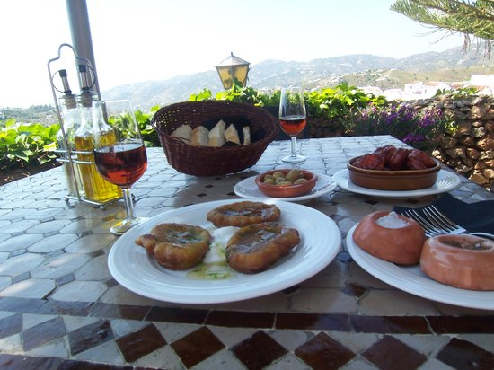 Frigiliana Food Guide: 10 Must-Eat Restaurants & Street Food Stalls in Frigiliana