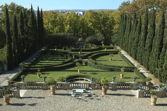 Château de Flaugergues : le jardin à la française