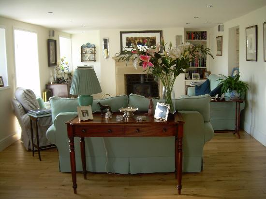 Redfoot Lea Bed and Breakfast: The Sitting Room