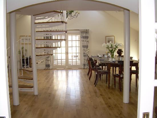 Redfoot Lea Bed and Breakfast: The Entrance Hall