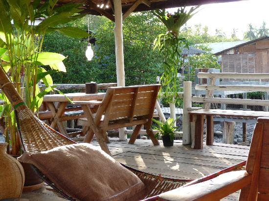 Baan Rim Nam: The deck/communal area