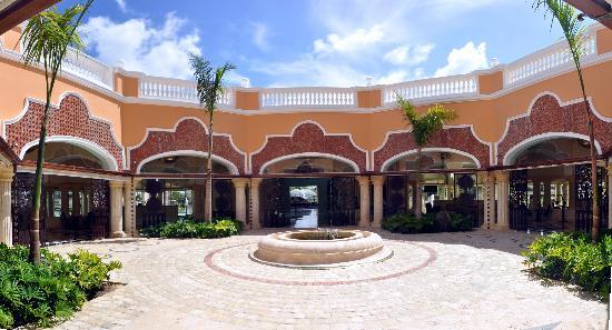 Iberostar Grand Hotel Bavaro: Exit