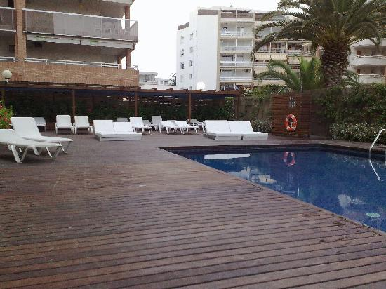 Magnolia Hotel: Pool