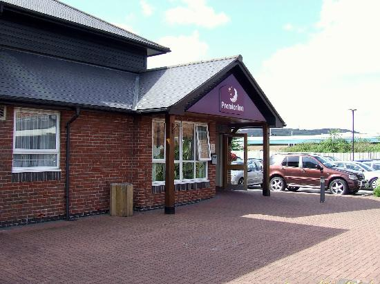 Premier Inn Swansea North Hotel: THe Reception