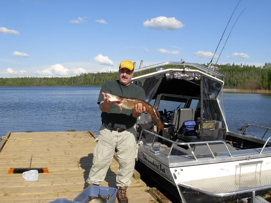 Saskatchewan, Kanada: a bad day of fishing here is better than a good day at the office