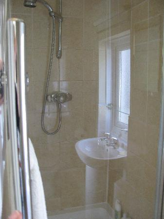 Glastonbury Properties - Hillside: Bathroom