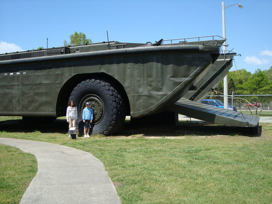Newport News, Wirginia: Big amphibious vehicle