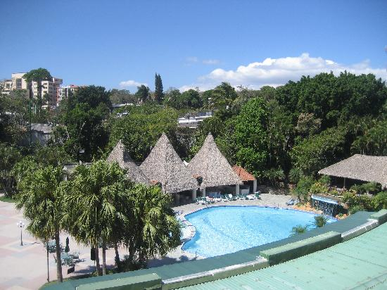 Sheraton Presidente San Salvador: pool area