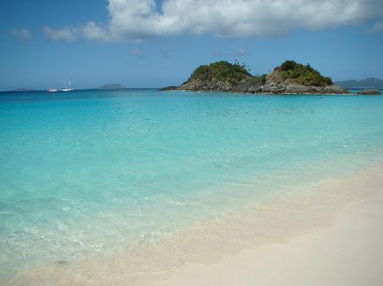 Trunk Bay: The Water