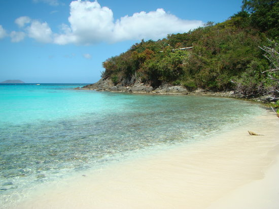 Trunk Bay: Snorkel Cove