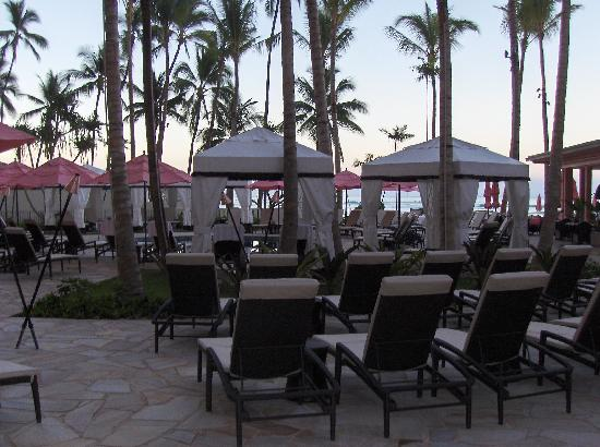 The Royal Hawaiian, a Luxury Collection Resort: Pool View