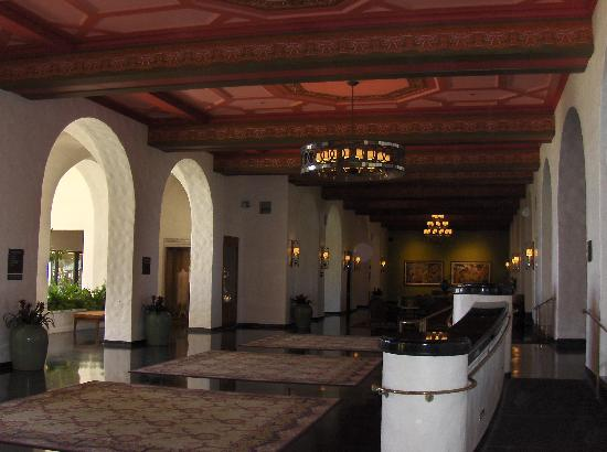 The Royal Hawaiian, a Luxury Collection Resort: Interior View