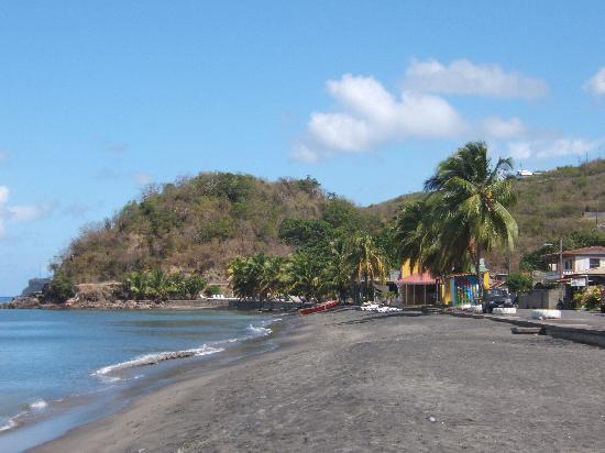 Caribbean Sea View Holiday Apartments : la petite plage tranquille de Mero