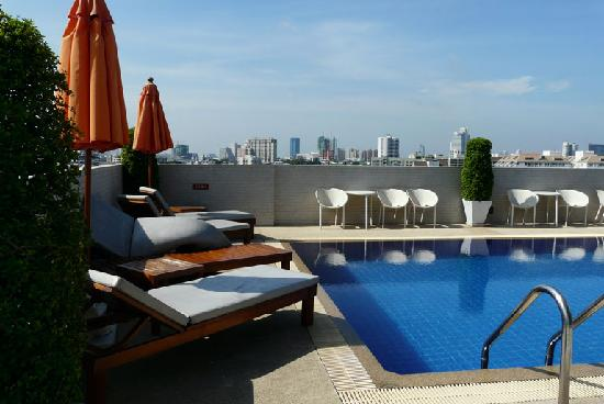 The Tivoli Hotel: Rooftop Swimming pool