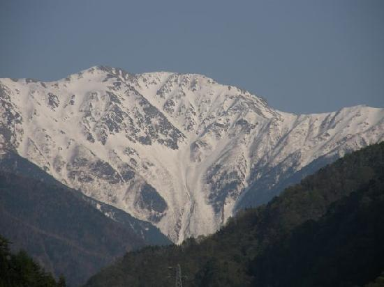 Oshika-mura, Japonia: 広河原からの赤石岳(望遠)