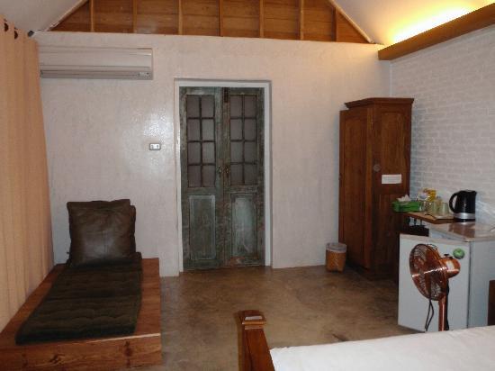Mae Hong Son Resort : Pribta Interior