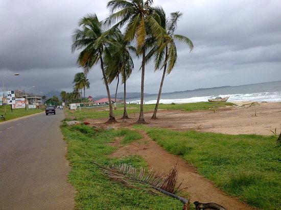 Freetown, Sierra Leone: spiaggia di freetwon