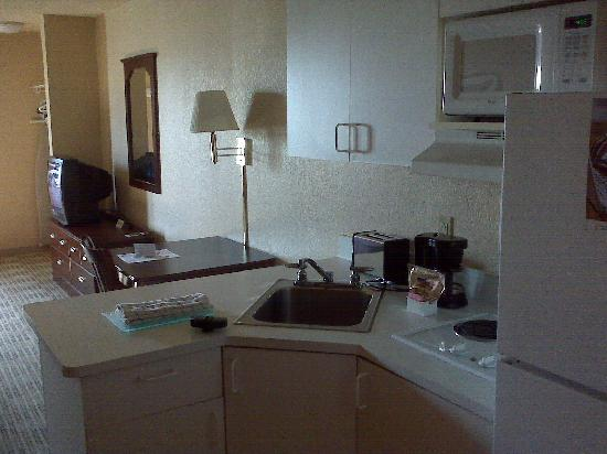 Extended Stay America - St. Louis - O' Fallon: Boring room 2