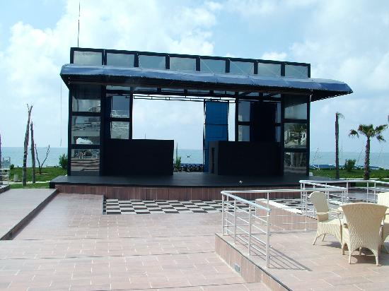 Susesi Luxury Resort: outside entertainment