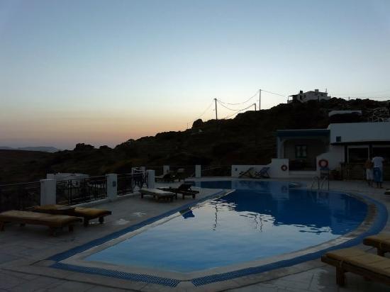 Kolitsani View: piscina