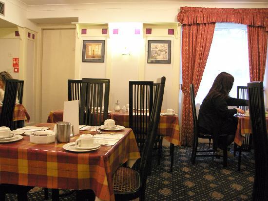 Rennie Mackintosh Art School Hotel: Dining Room