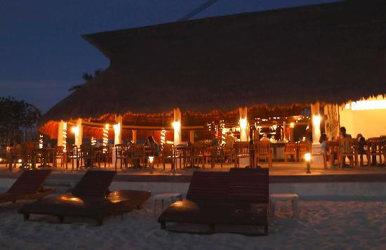 The Money Bar Beach Club: Main level restaurant at night