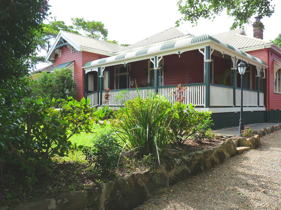 Maleny Lodge: The House